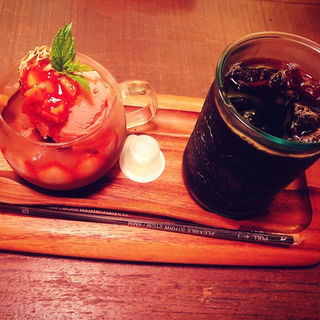 苺ショコラパフェ