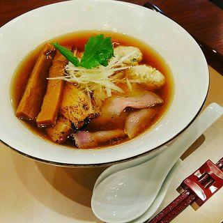 醤油らぁ麺+ふわふわ鶏だんご(麺 紡木)