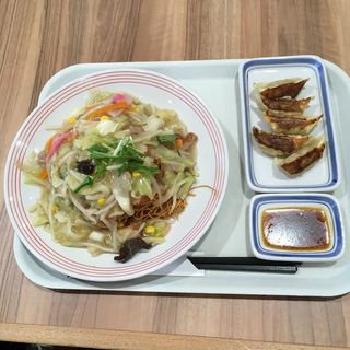 皿うどん+餃子
