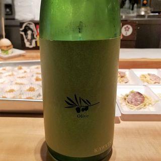 川鶴酒造「Kawatsuru Olive 純米吟醸生原酒 ~さぬきオリーブ酵母仕込み~」(酒 秀治郎)