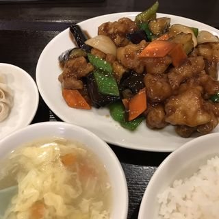 鶏と茄子の炒め(玉仙楼 2号店 (イセンロウ))
