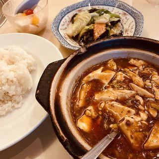 激辛セットA(麻婆豆腐+辛子八宝菜+食べるラー油ライス)(随園別館 新宿店)