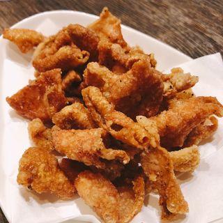 パリパリ鶏皮センベイ揚