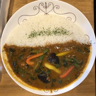 野菜とひき肉のカレー(カリカリ )
