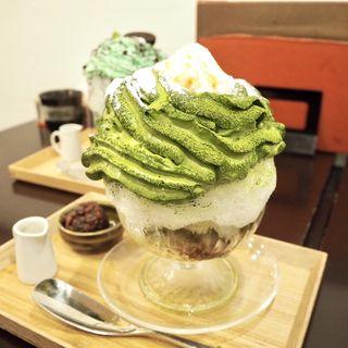 抹茶エスプーマかき氷(茶寮 和香菜)