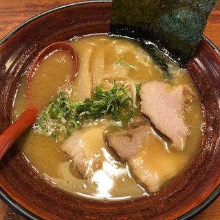 とんこつラーメン(老麺茶屋 豚竹林 (とんちくりん))