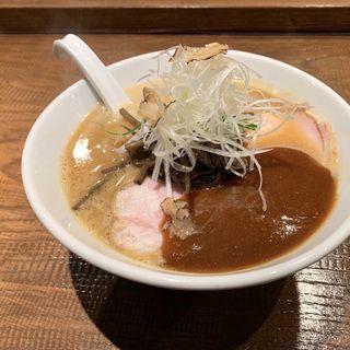 アメリケーヌ豚骨平打ち麺WITHトリュフ  味噌(雨は、やさしく-雨燦燦)