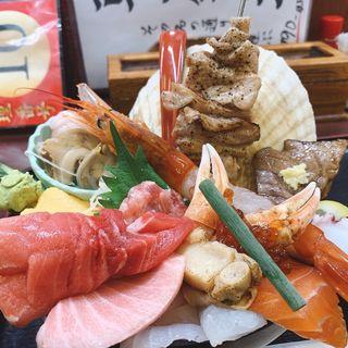 朝一築地丼(野口鮮魚店 (ノグチセンギョテン))