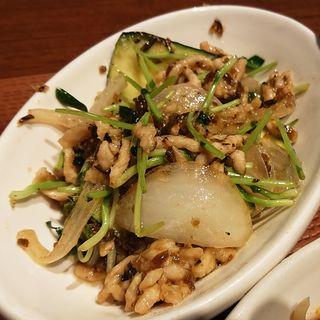 豚肉と玉ねぎの芽炒め(WANG'S GARDEN 武蔵小杉店 (ワンズガーデン))