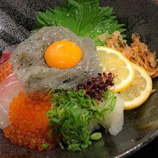 海鮮しらす丼