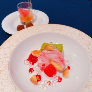 ヨーグルトと木苺のパルフェ