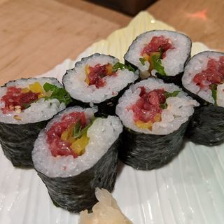 桜肉トロタク細巻