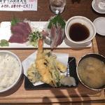 お刺身二種盛と天ぷら定食