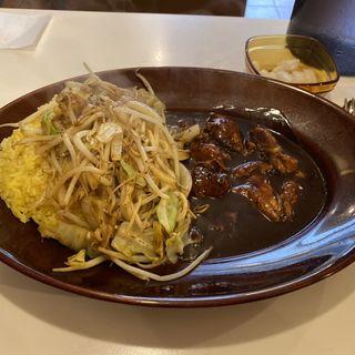 チキン野菜炒めカレー(みぼうじんカレー )