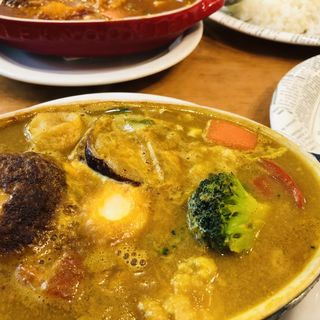 ハンバーグカリー(Kikuya Curry (キクヤ カリー))