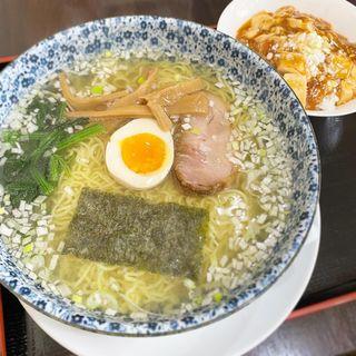 ランチ(塩ラーメン+ミニピリカラマーボー丼)(かな芽 )