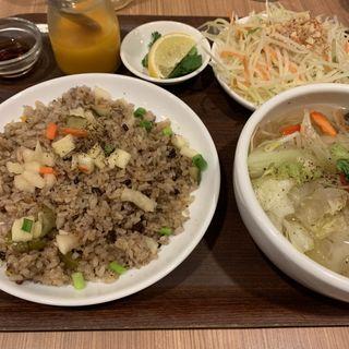 牛肉チャーハンとフォーのセット(フォー ハノイ トウキョウ (Pho Hanoi TOKYO))