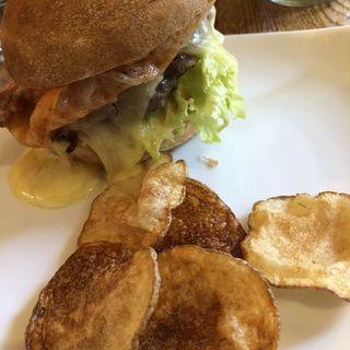 完全放牧肝付豚のハンバーガー