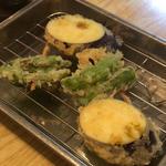 天ぷら盛り合せ(大地と海のめぐみ 魚 (だいちとうみのめぐみ ぎょっ))
