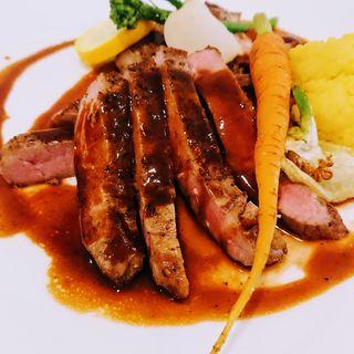 神戸ポークの肩ロース肉オーブン焼き(トナリャオ)
