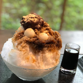 丹波大納言小豆と黒蜜 かき氷(中島大祥堂 丹波本店 )