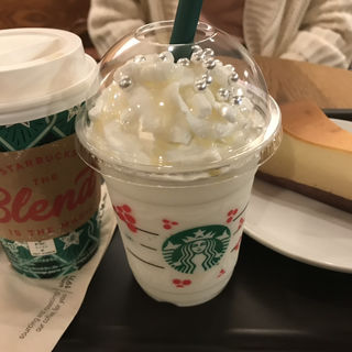 (スターバックス・コーヒー TSUTAYA 有楽町マルイ店 (STARBUCKS COFFEE))