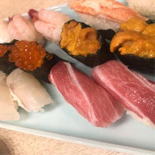 牡丹にぎり(栄寿司 西口店 (さかえずし))