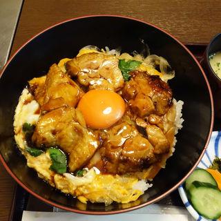 照り焼き玉子丼(新三浦 天神店)