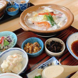 湯豆腐定食(宗庵 よこ長 (そうあん・よこちょう))