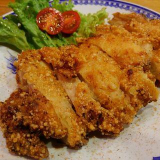 台湾フライドチキン 小鶏排(中華アジアンバル 玉造夜市)