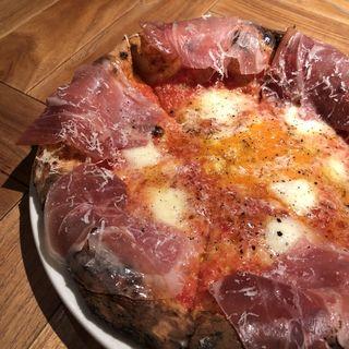 生ハムと半熟卵のビスマルク(terzo (テルツォ))
