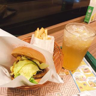照焼きバーガー&ポテト&はっさくレモンジンジャー(モスバーガー 美野島店 (MOS BURGER))