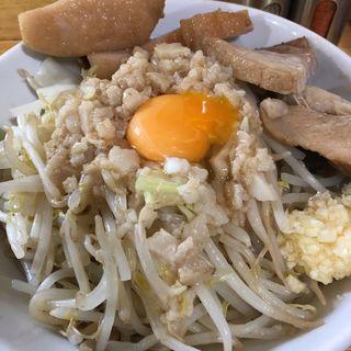 肉マシまぜそば(醤油)ニンニク アブラ チーズマシ 味濃いめ(麺処 マゼル (MAZERU))