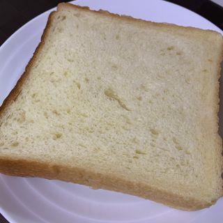 セモリナ小麦のお日様食パン(es KOYAMA)