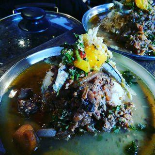 海鮮色々鶏キーマと鯛出汁清湯の二層カレー(堕天使かっきーin青空食堂)