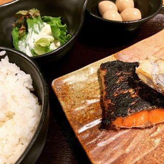 焼き魚定食(ぱちぱち )