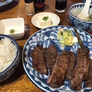 牛タンセット1.5人前(萃萃 (すいすい))