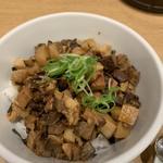 チャーシューメンマ丼