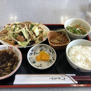 肉野菜炒め定食(満貫荘 )