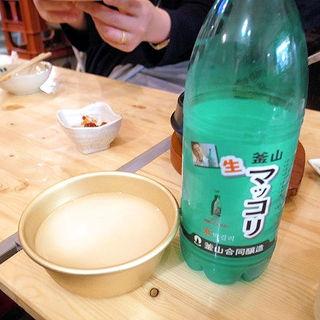 プサン 生マッコリ(韓国居酒屋 わらぶきや)