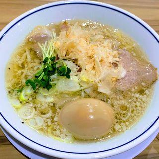 味玉塩ラーメン(らーめん 鱗 西中島店)