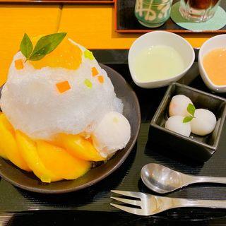白桃のかき氷(文の助茶屋 名古屋高島屋店 (ぶんのすけちゃや))