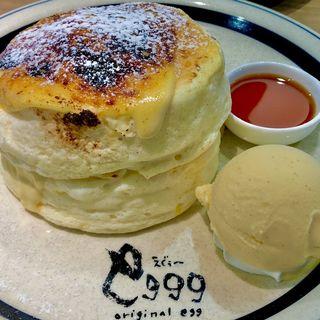 フワフワブリュレパンケーキ(バニラアイストッピング)(eggg Cafe 国分寺店)