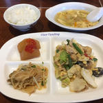 玉子と野菜の炒め物