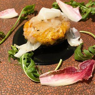 白イカと海老のピューレを詰めた椎茸のロースト(レストラン・ピウ)