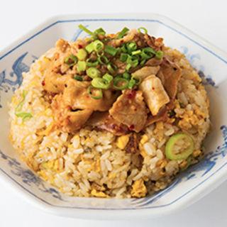 肉チャーハン スープ付き 餃子セット(福しん 公会堂前店 )