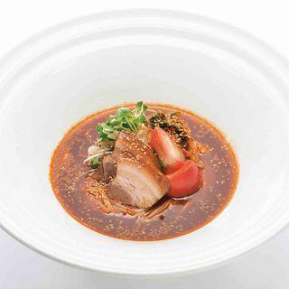 豚黒酢煮 冷製ピリ辛 ビビン麺のおうどん
