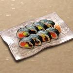 名物 つるとん巻き寿司 サーモンと明太子のタルタル仕立て ハーフ