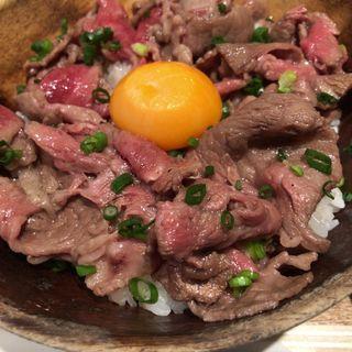 ローストビーフ丼(听屋 六本木 )