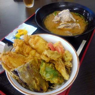 ふぐ天丼(カネマル水産)